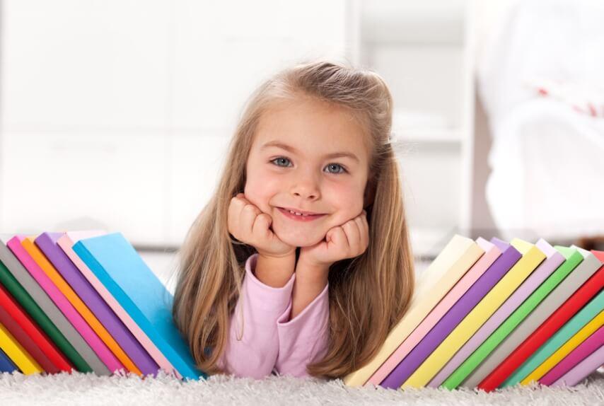 רעיונות ועיצובים של ספריות לחדר ילדים