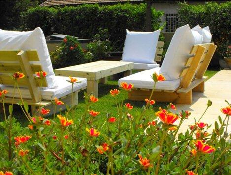 עיצוב גן בסטייל: טיפים לקניית ריהוט גן